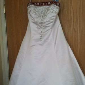Alfred Angelo White & Claret Bridesmaids Dress